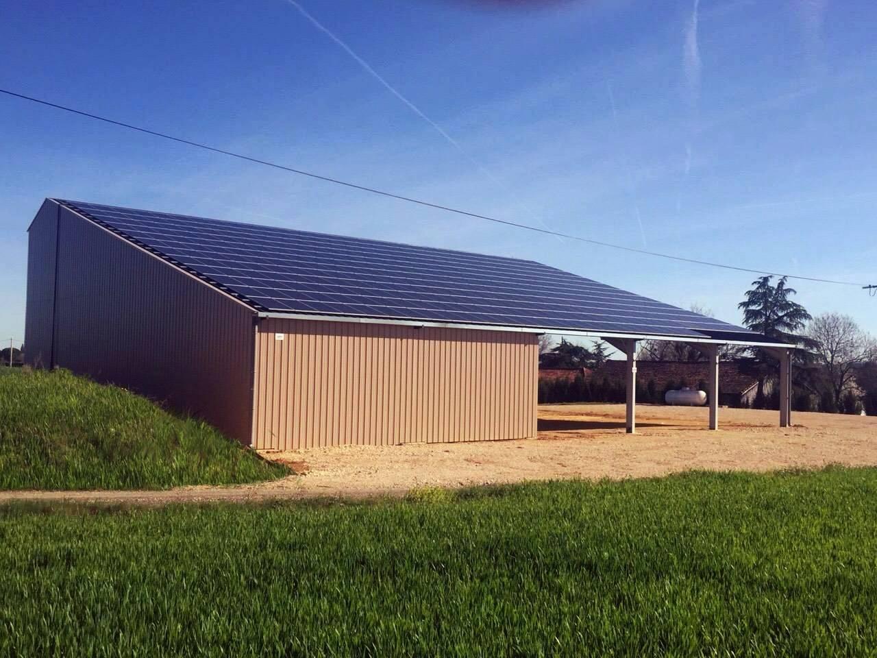 Construction de b timents photovolta ques agricoles et for Plan hangar agricole